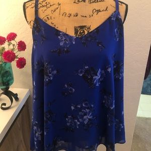 Torrid Blue and Black floral tank SZ 0